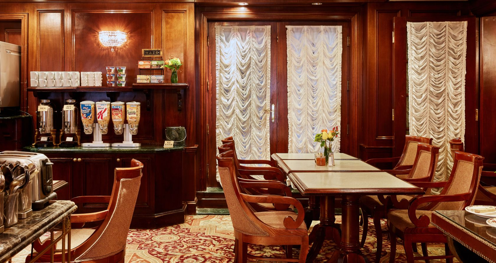 Upper West Side Dining The Excelsior